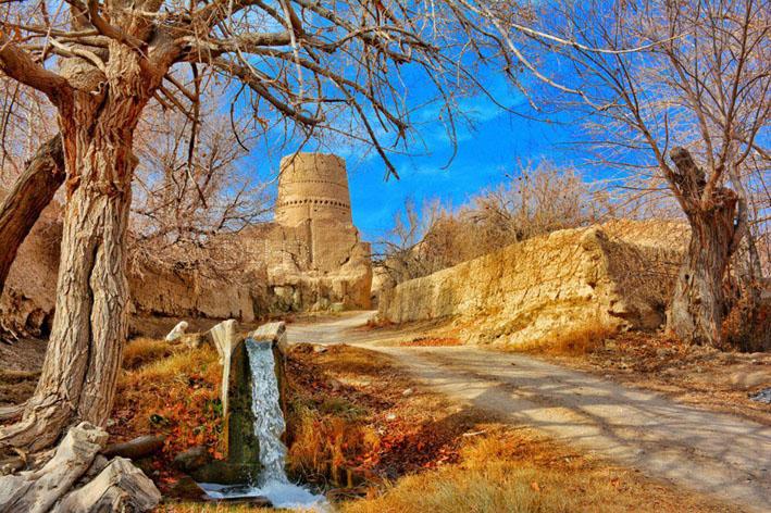 حمید دهویی - برج قلعه هرابرجان یزد