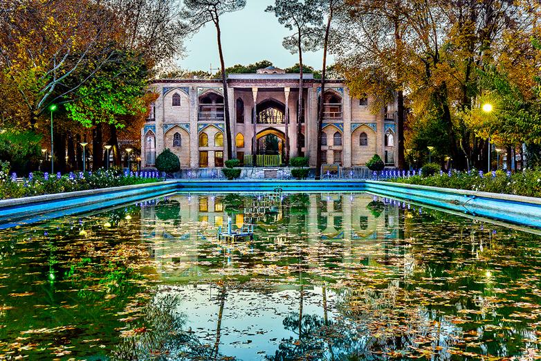 محمد جواد قانعیان - کاخ هشت بهشت